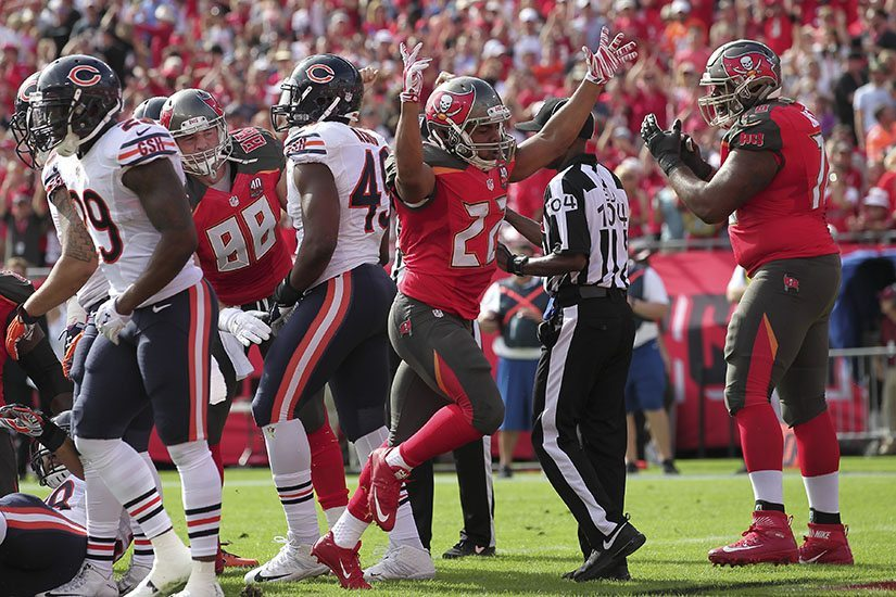 Bucs, Martin Agree To Terms To Keep Running Back In Tampa Bay