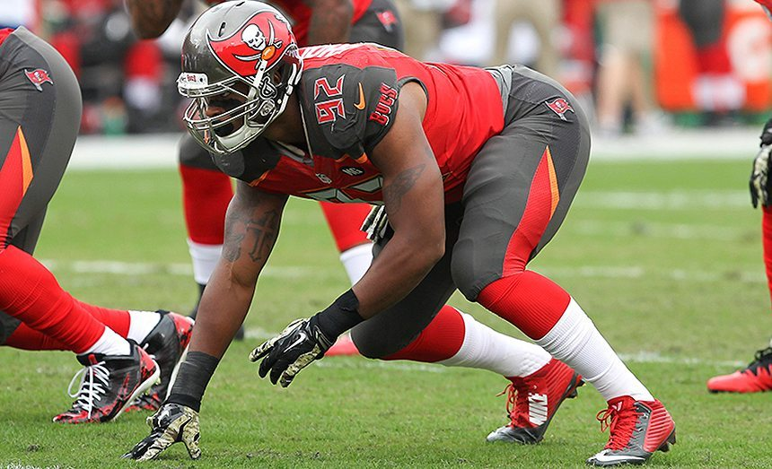 Bucs Begin Extension Talks With Gholston, Hawley, Other Pending Free Agents