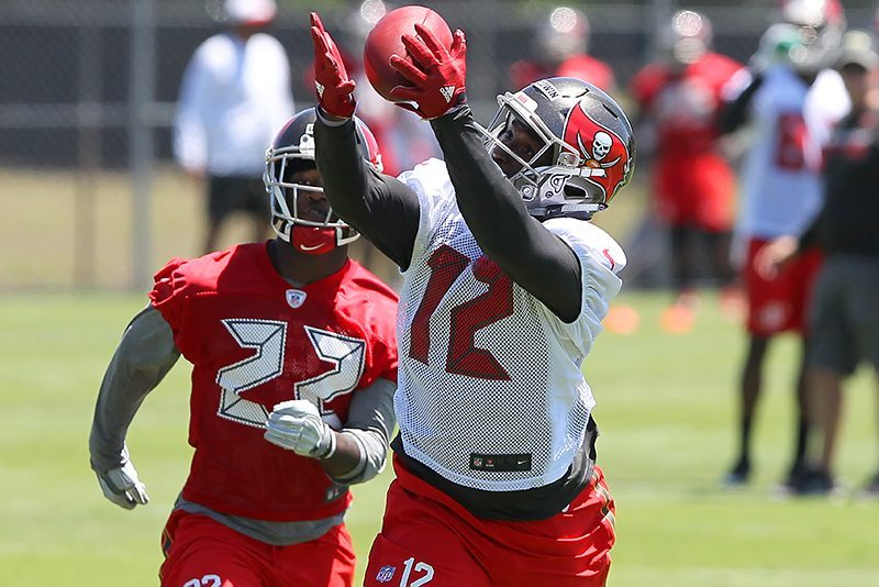 SR's Fab 5: Bucs Building Roster From Bottom Up; 6 Hard Knocks Storylines