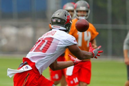 Bucs OTAs QB Jameis Winston and TE O.J. Howard