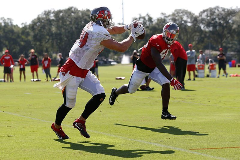 Bucs Camp Recap 8-20: Tight Ends Take Center Stage