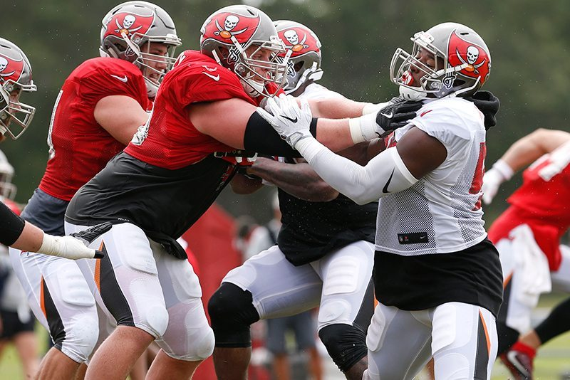 Sweezy-jr-bucs-camp-ryan-russell