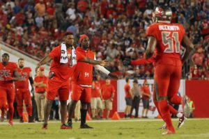 Bucs LBs Kwon Alexander and Lavonte David - Photo by: Cliff Welch/PR