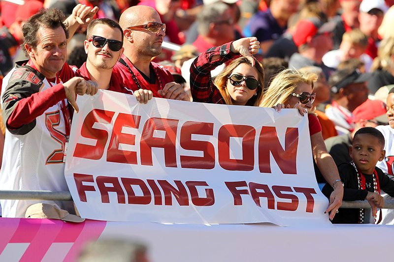 Bucs fans know the season is fading fast - Photo by: Cliff Welch/PR