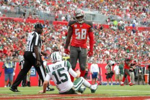 Ex-Bucs LB Kwon Alexander – Photo by: Cliff Welch/PR