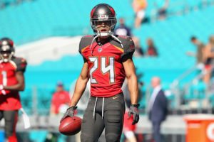 Bucs CB Brent Grimes - Photo by: Cliff Welch/PR
