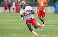 Bucs Sign Rookie RB Jones
