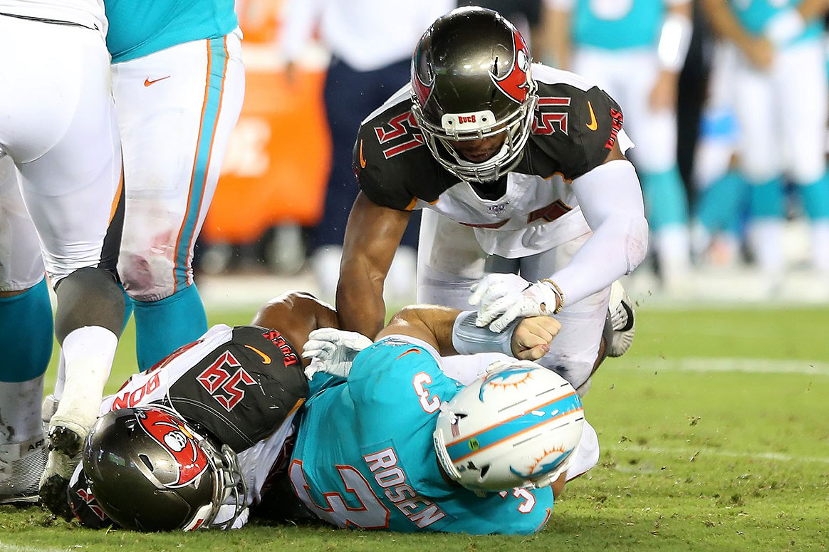 new style 13ee5 01d32 SR's Fab 5: Who Is Going To Lead The Bucs In Sacks?   Pewter ...