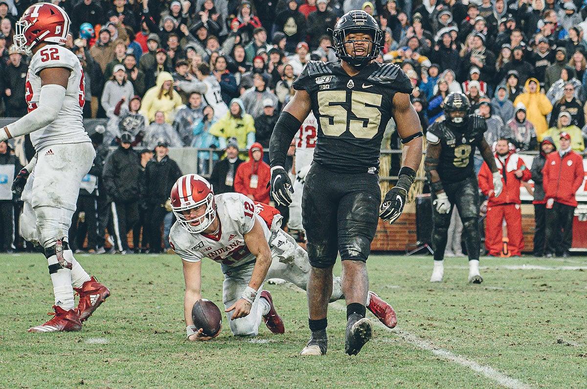 Purdue LB Derrick Barnes
