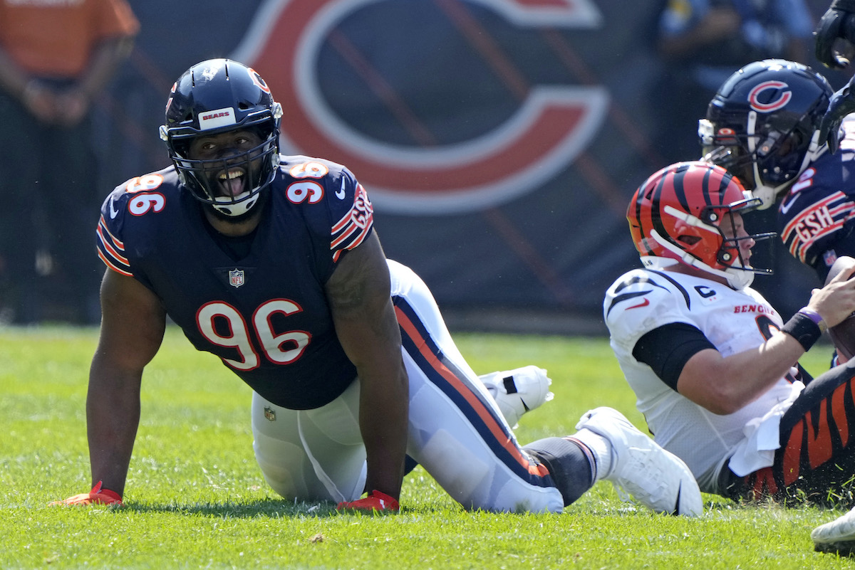 Bears DT Akiem Hicks
